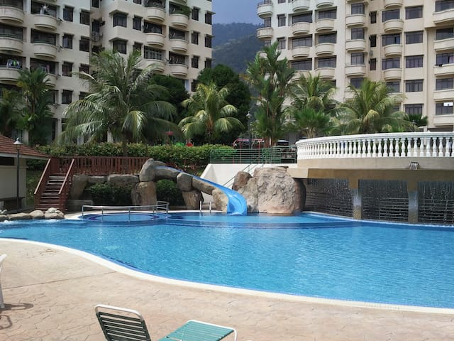 Penang Seaview Apartment Home - Batu Feringgi - Flat