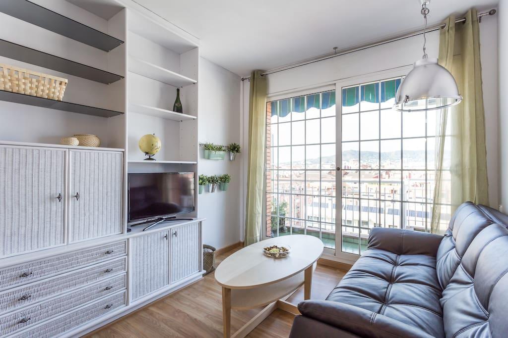 Attic with terrace appartamenti in affitto a barcellona for Appartamenti a barcellona in affitto