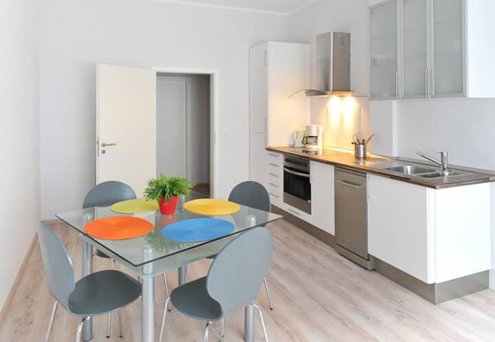 Very nice apartment in Dusseldorf 0