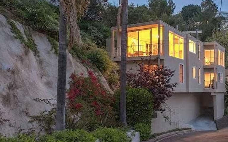 Magical modern home in the Bird Streets