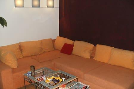 2-room appartement in aachen; DE - Aachen - Apartemen