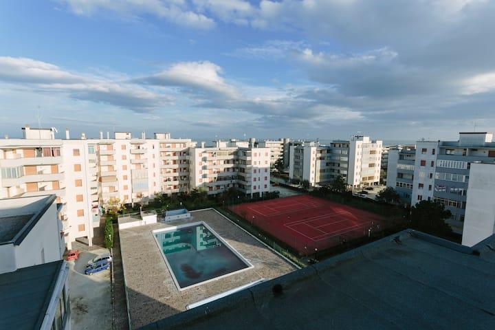 Ravenna Apartment by the Sea. Pool & Tennis.