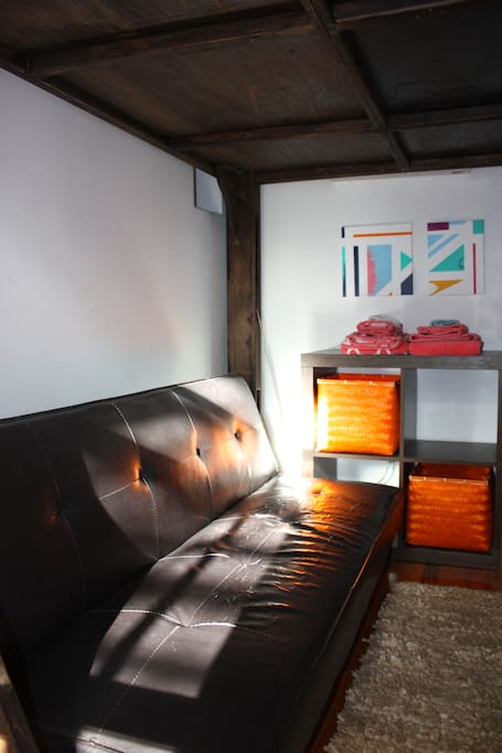 Private room for 2 + couch—Chelsea