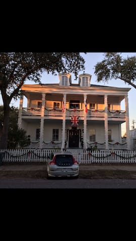 Room #5 in historic mansion. - Galveston - Dom
