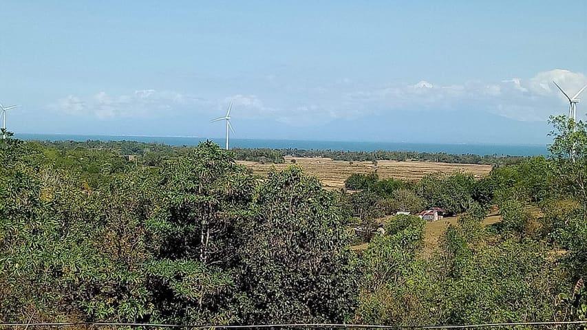 Guimaras City Escape Accomodation w/ Windmill View