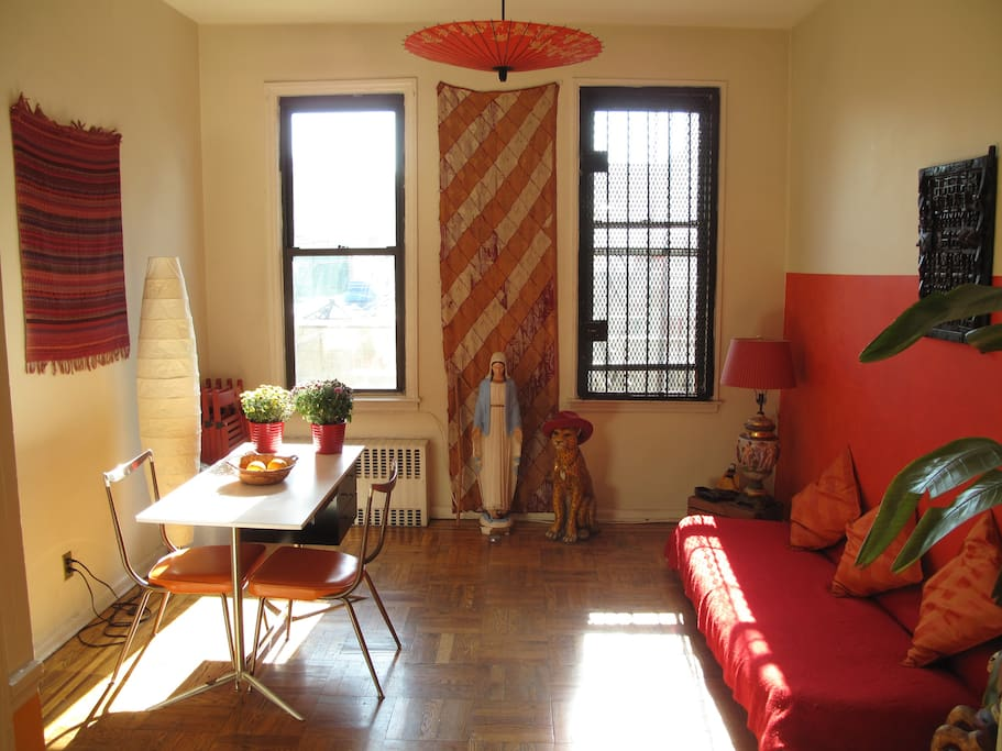 Sunny Williamsburg Apartment Apartments For Rent In Brooklyn New York United States