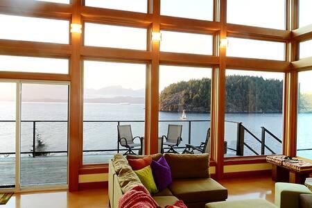 Eastman Waterfront Retreat on Bowen - Bowen Island - Casa