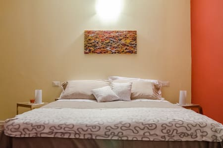 One ensuite room with pool,kitchen,garden in B&B - Tresana - Bed & Breakfast
