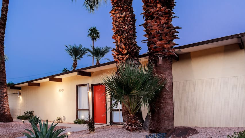 Private Parker Hotel Style Oasis - Palm Springs - House