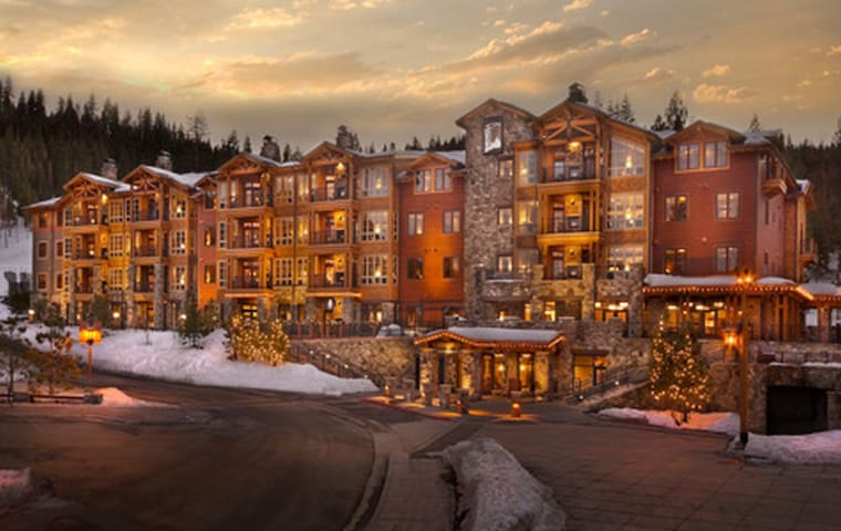 1400SF 2 BR/2BA Villa at the Northstar Lodge