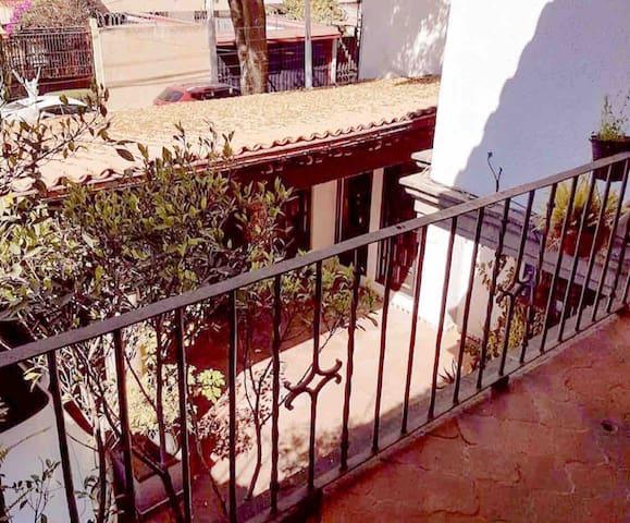 Villa Colonial Privada en Naucalpan - CDMX