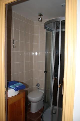 le coin douche / WC