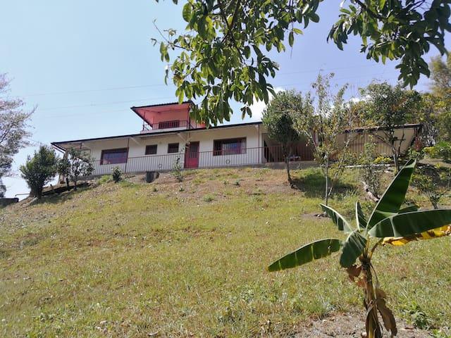 Hermosa Casa Quinta Campestre