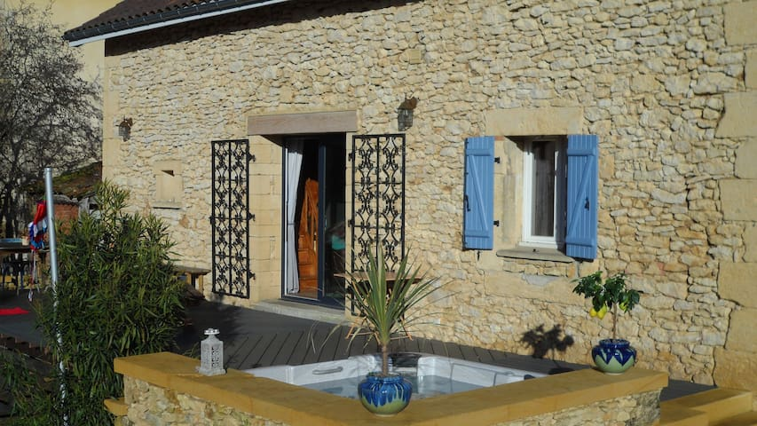Maison familiale et chaleureuse - Le Buisson-de-Cadouin