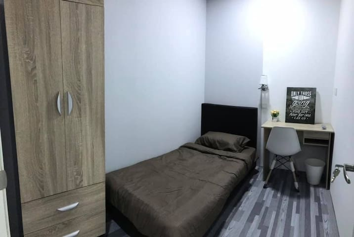 SUNWAY GEO • SINGLE ROOM#2