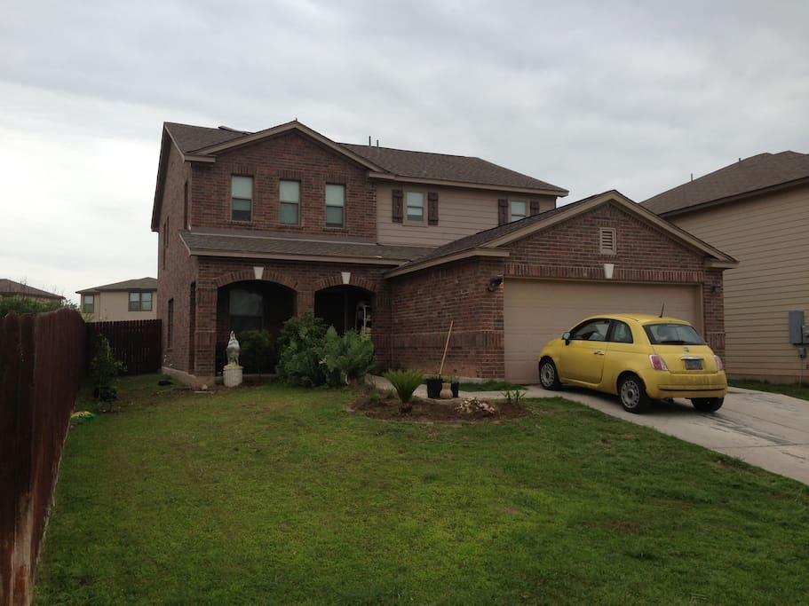 5 Bedroom House Huge Backyard For Dogs 6 Miles Dt Houses For Rent In Austin Texas United States