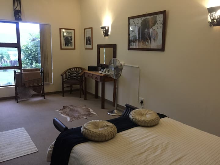 Cheetah Lodge - Elephant Room