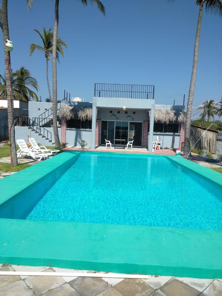 Hermosa casa  resindencial de playa con alberca