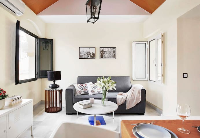 2 bed apart perfect for families 5´walk Cathedral - Sevilla - Byt