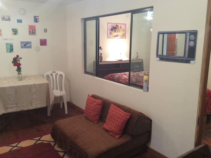 Private Guest Apartment. 2