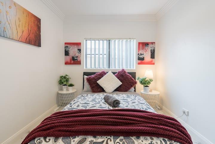 Cozy Duplex Home 3 Bdrms 1 Bath Sleeps 6