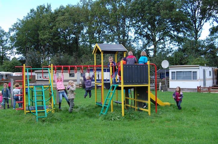 Safaritent op recreatiepark Westerkwartier, NL