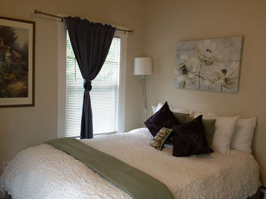 Guest Room with a queen Bed!