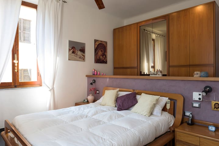 Room in amazing villa 50 meters away from the sea - Porto San Giorgio - วิลล่า