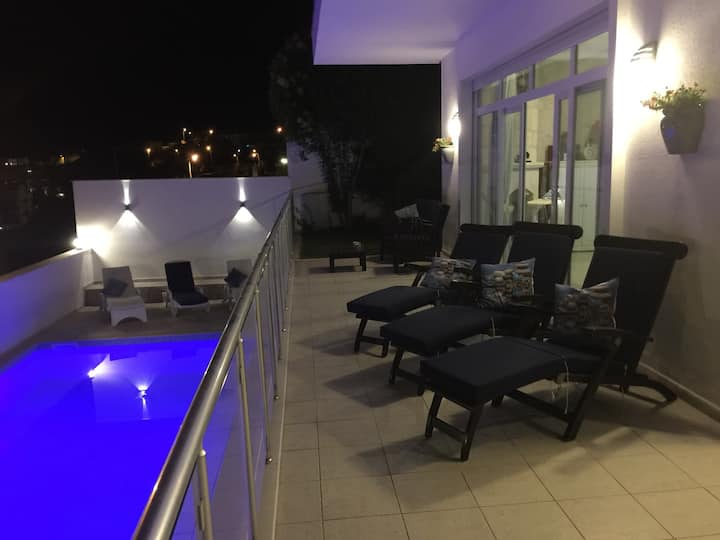 GREAT HOLIDAY HOUSE  WITH PRIVATE POOL & GARDEN 6