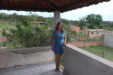 Alugo uma casa em Porangaba SP - Porangaba - Talo