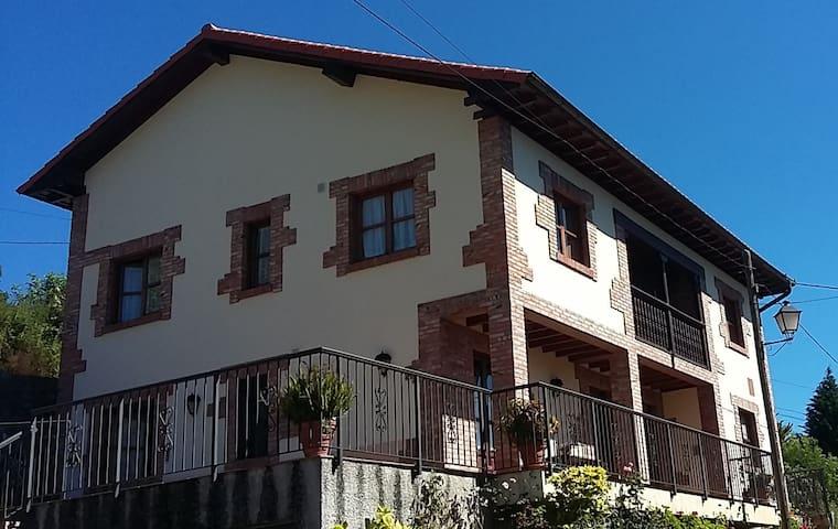 Apartamento 4-6 personas en Canales de Cabrales