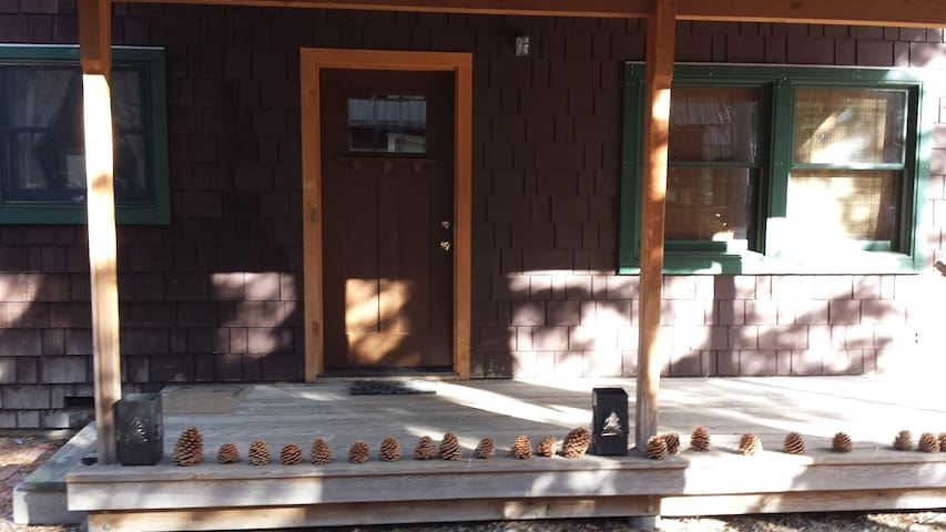 Adorable Tahoe Cabin/Magical West  - Tahoma - House