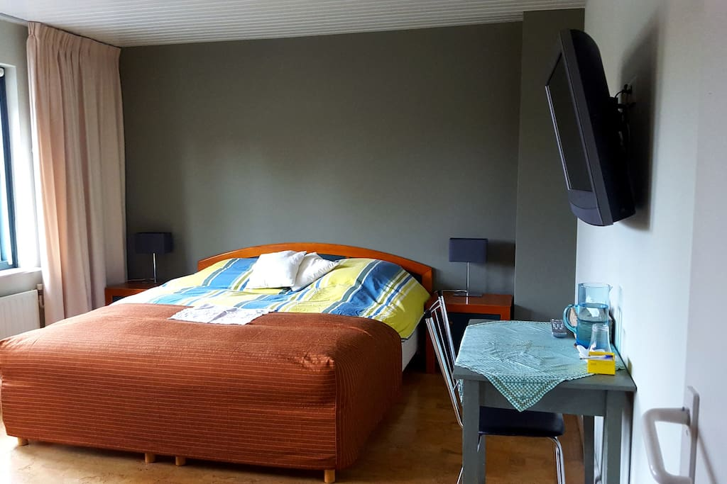 b b close to eindhoven airport bed and breakfasts for rent in vessem noord brabant netherlands. Black Bedroom Furniture Sets. Home Design Ideas