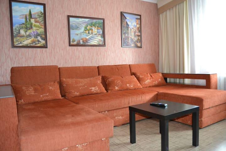 Добро пожаловать! Уютная квартира на Спортивной.