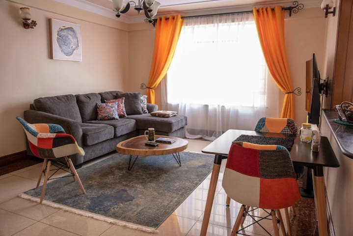 AHome-AwayFromHome, Chic&Cozy Apartment-Westlands