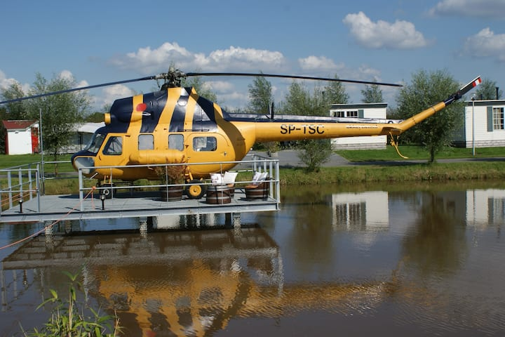 Helicopter near Giethoorn