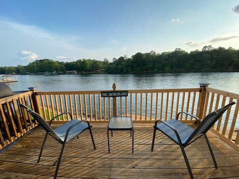 On Lake Time- Waterfront Condo