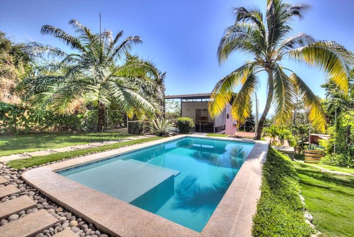 Brand New! La Casita @OneWave House playa Sunzal