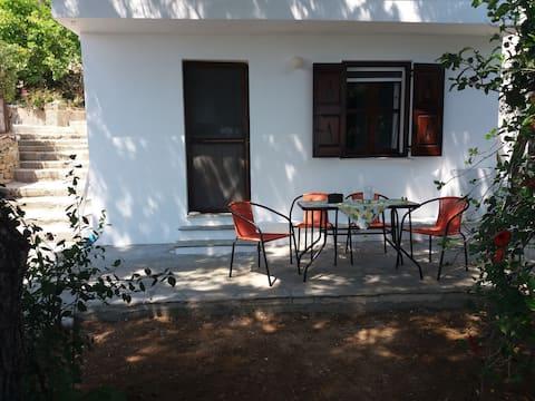 Grandpa Simos' Traditional Guest House (B)