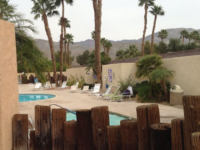 Stagecoach -mineral pool resort! - Sky Valley