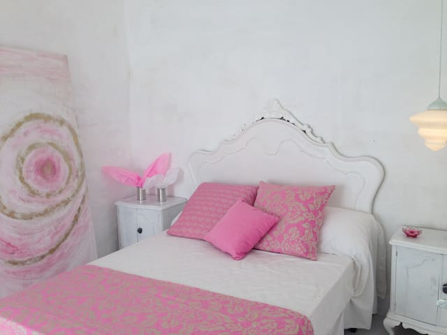 PRINCESS ROOM IN THE COUNTRYSIDE - Mahon - House