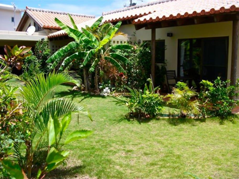 Akachichi Guesthouse & Garden (Your Home)