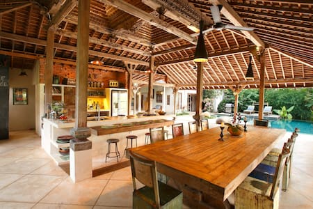 Eco-luxury, family-friendly villa