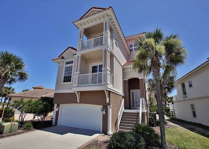 OCEAN VIEW! 5 BR with POOL! Walk to BEACH!!