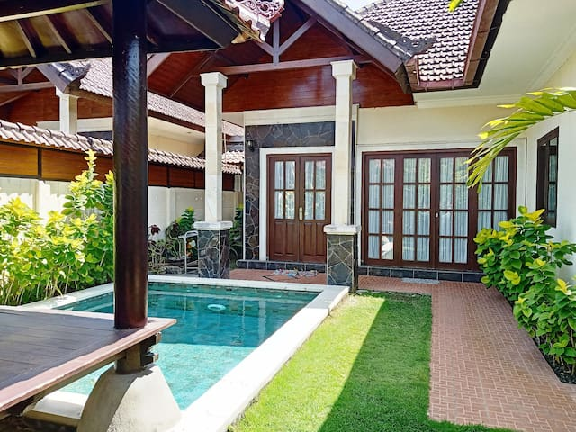 Homely Villa 2 Bedroom With Private Pool & Kitchen