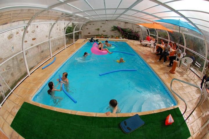 NANTES piscine couverte   10 mn de l' hypercentre