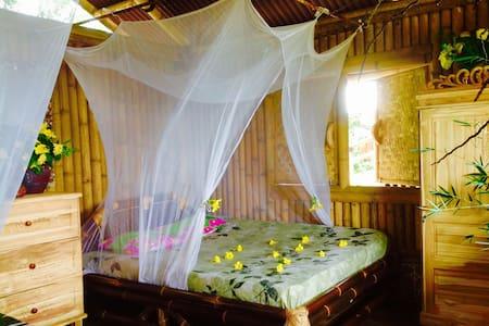 Indian Ocean Front Bamboo Villa #3 - Cisolok