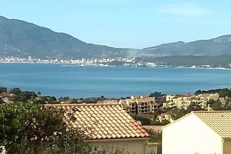 loue studio avec vue sur mer - Grosseto-Prugna