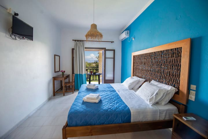 Villa Spyridoula Studio 17 on the Beach- bedroom