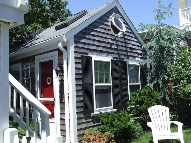 Freestanding Studio Cottage WestEnd - Provincetown - House